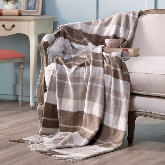 Plaid sur canape bien dormir - Orientation du lit pour un bon sommeil ...